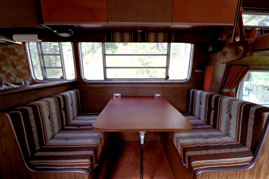 1979 dinette set in vintage camper